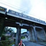 下立駅~愛本駅 区間